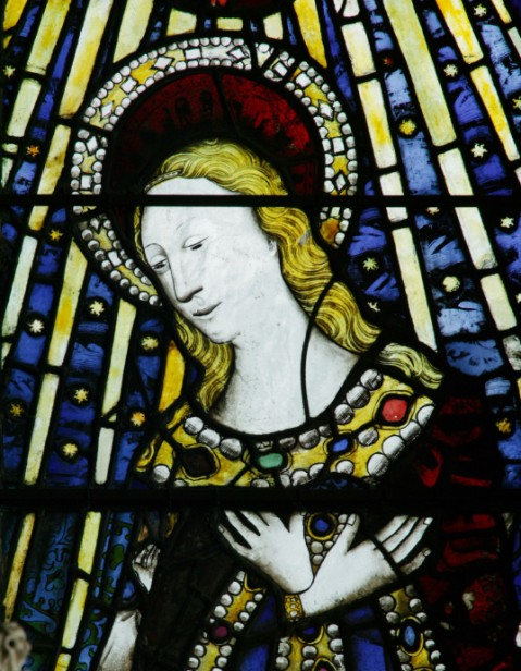 'Jewelling' in the Beauchamp Chapel windows. © Y M Pictures.