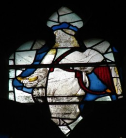 Fig. 3. Angel, Lady Chapel side window, Gloucester Cathedral. © Chapter of Gloucester Cathedral.