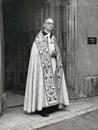 Fig. 1. Christopher Woodforde as dean of Wells Cathedral. By permission of the chapter of Wells Cathedral (photographer: S. W. Kenyon)