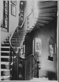 Fig. 7. Photograph of the main staircase by Walter Spiers, 1911. Image courtesy Soane Museum