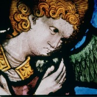 Fig. 1. Fragment of Saint Mary of Cervera rose window, detail with archangel Gabriel's head .