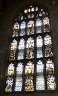 Fig. 6. Ludlow, St Laurence, south-east window of the choir: Ten Commandments (Decalogue) window. © Author