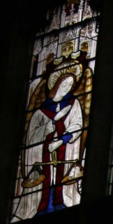 Fig. 11. Ludlow, St Laurence, south-east window of the choir, Ten Commandments (Decalogue) window: panel depicting St Michael and his weighing scales. © Author