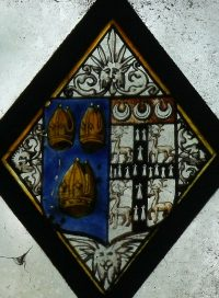 Fig. 38. Norwich Cathedral (ambulatory): Quarry with arms of Bishop John Parkhurst. Mike Dixon.